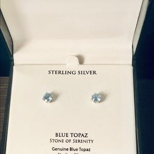 🎁 Blue Topaz Solitaire Stud Earrings, New